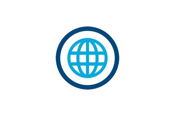 Icon eines Kreises mit einer Erdkugel im Zentrum, Sinnbild für weltweit.