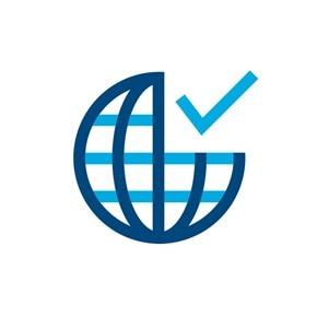 Icon einer Erdkugel neben einem Haken, Sinnbild für die Verfügbarkeit in einem Land.