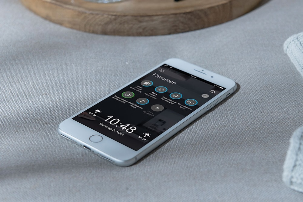 Smartphone mit domovea App