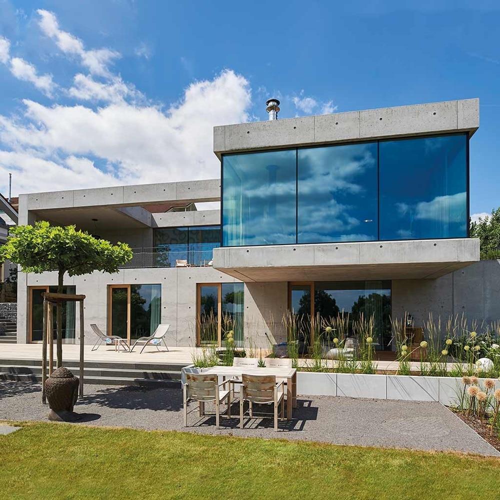 Außenansicht von dem Einfamilienhaus Bechtle bestehend aus Liapor, in Heilbronn, die als Hager-Referenz dient.