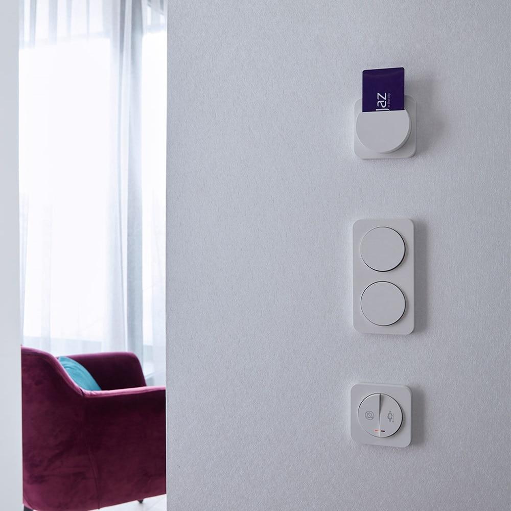 Berker Hotelcardschalter und 2-facher Lichtschalter als ideale Hotelausstattung.