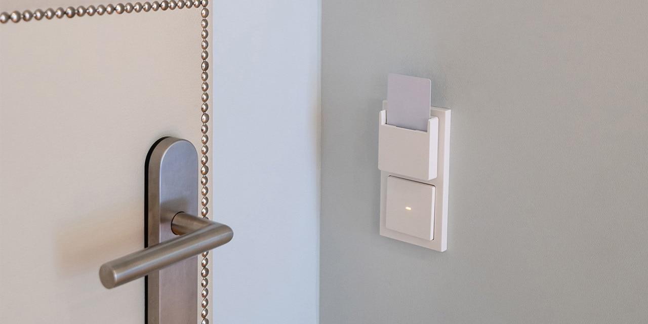 Komfort auf allen Hotelzimmern mit Anwendungen von Berker