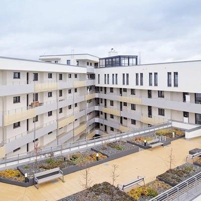 Außenansicht Lavida Seniorenwohnen in Nürnberg, die als Hager-Referenz dient.