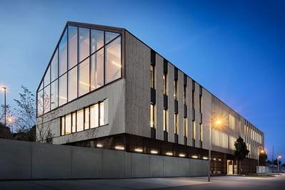 Hager Referenz w:architekten: Außenansicht Bürogebäude