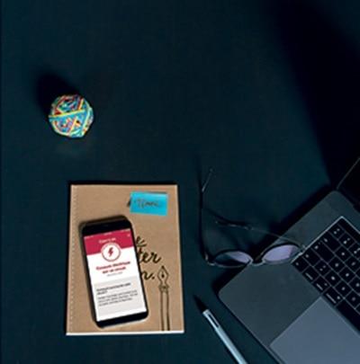 hello bandeau d'alerte connecte, bureau, travail