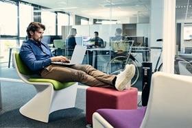 colonnette pour bureaux, espace de travail, electricite bureaux